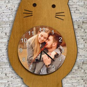 reloj de pared con forma de gato